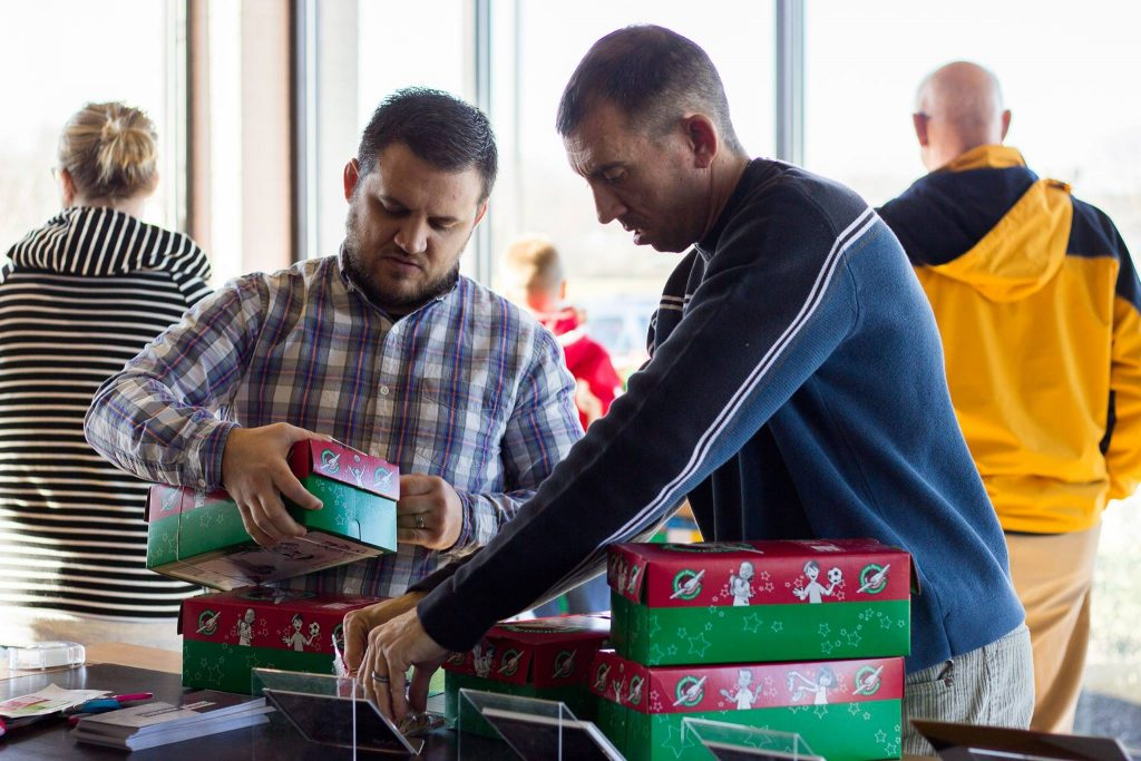 operation christmas child shoeboxes at candlewood church